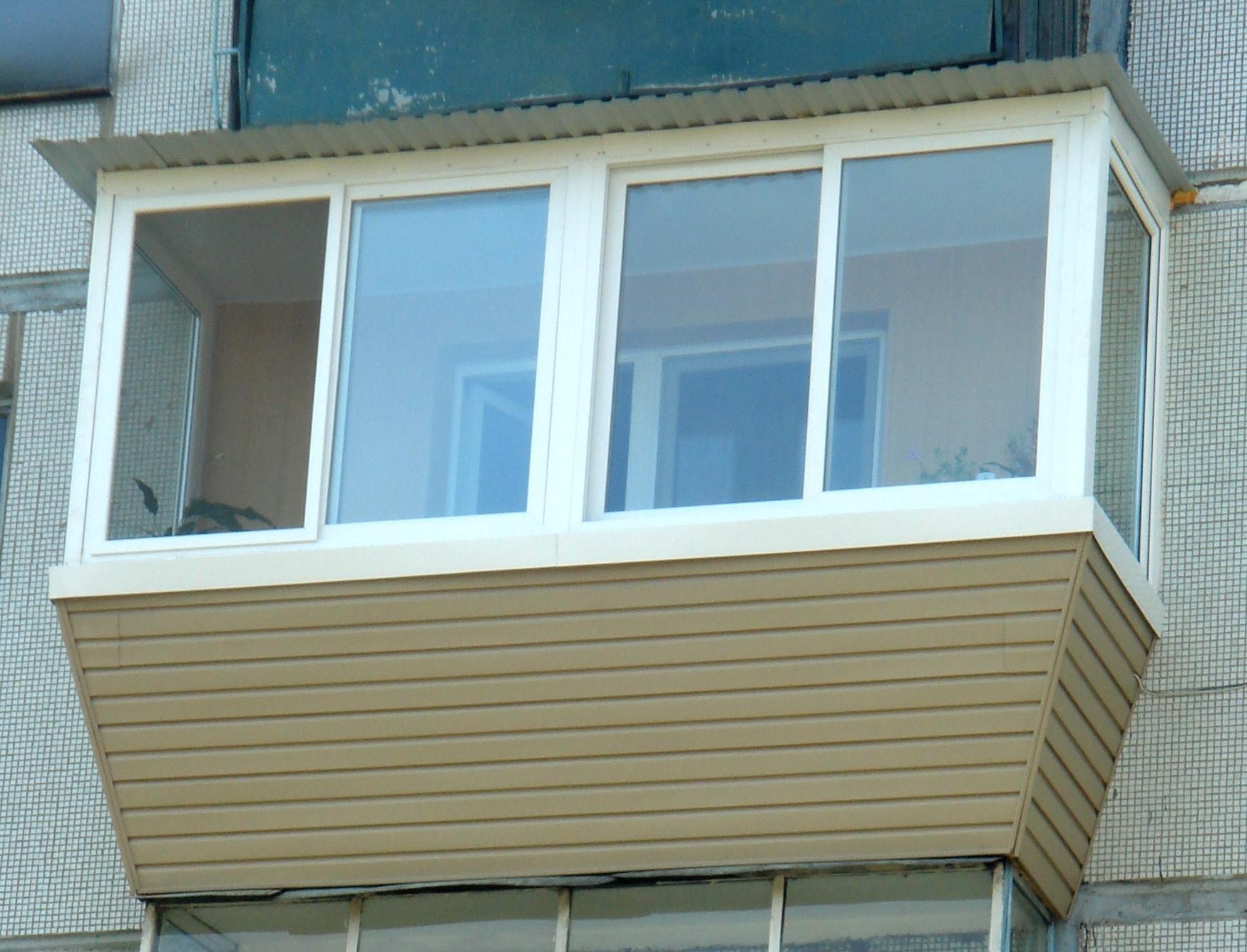 Выносное остекление балконов недорого от балконстроймастер.